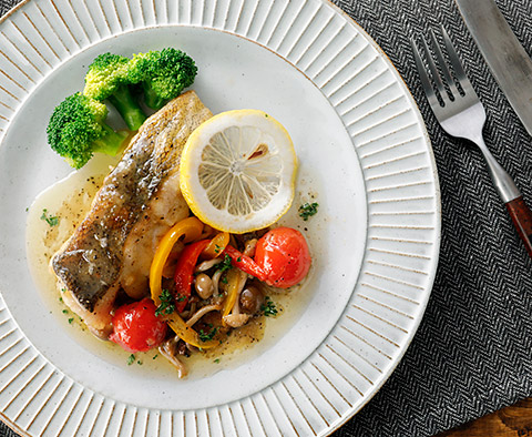 ムニエル たら の 鮭のムニエルのレシピ~洋食店のように仕上げる焼き方のコツ 【シェフ直伝】